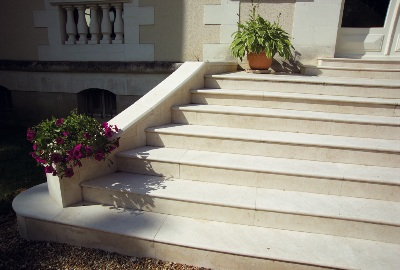 Escalier En Pierre En Granit Marbre Quartz Marbrerie Roches Et